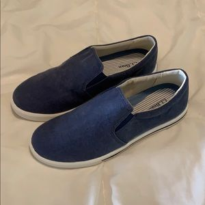 L.L. Bean sunwashed canvas slip on 8 New in box